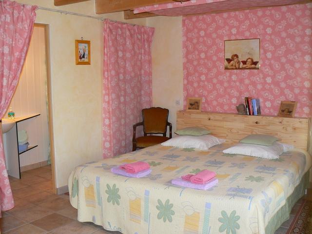 chambre d 39 h tes les g tes de la cavalerie chambre hotes bretagne morbihan saint gonnery france. Black Bedroom Furniture Sets. Home Design Ideas