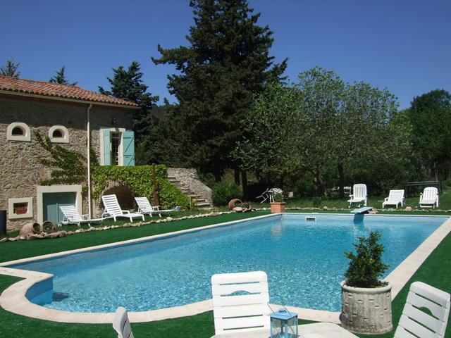 Chambre d 39 h tes domaine de saint andrieu chambre hotes - Hotel avec jacuzzi dans la chambre pyrenees orientales ...