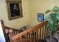 L'escalier pour accéder aux chambres