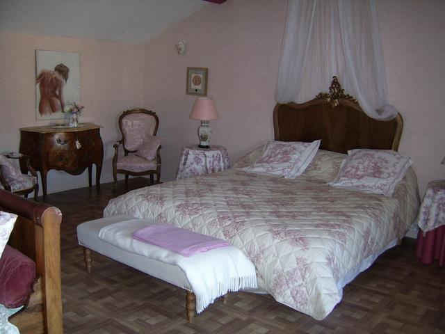 Chambre d 39 h tes la musardine chambre hotes rh ne alpes rh ne salles arbuissonnas en - Chambre d hotes rhone alpes ...