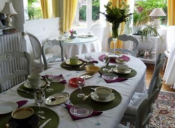 chambre d 39 h tes villa la gloriette chambre hotes haute. Black Bedroom Furniture Sets. Home Design Ideas