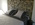 la tête de lit en pierre d'origine