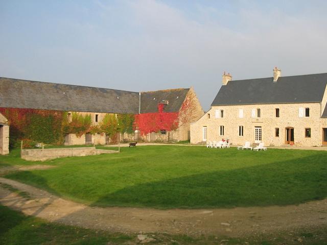 Chambre d 39 h tes la ferme manoir saint barth lemy chambre for Chambre d hotes basse normandie